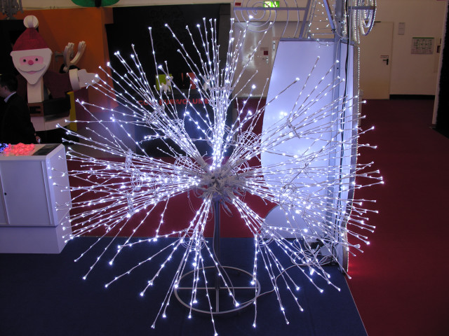 An LED tree made from titrimetric LED branch lights
